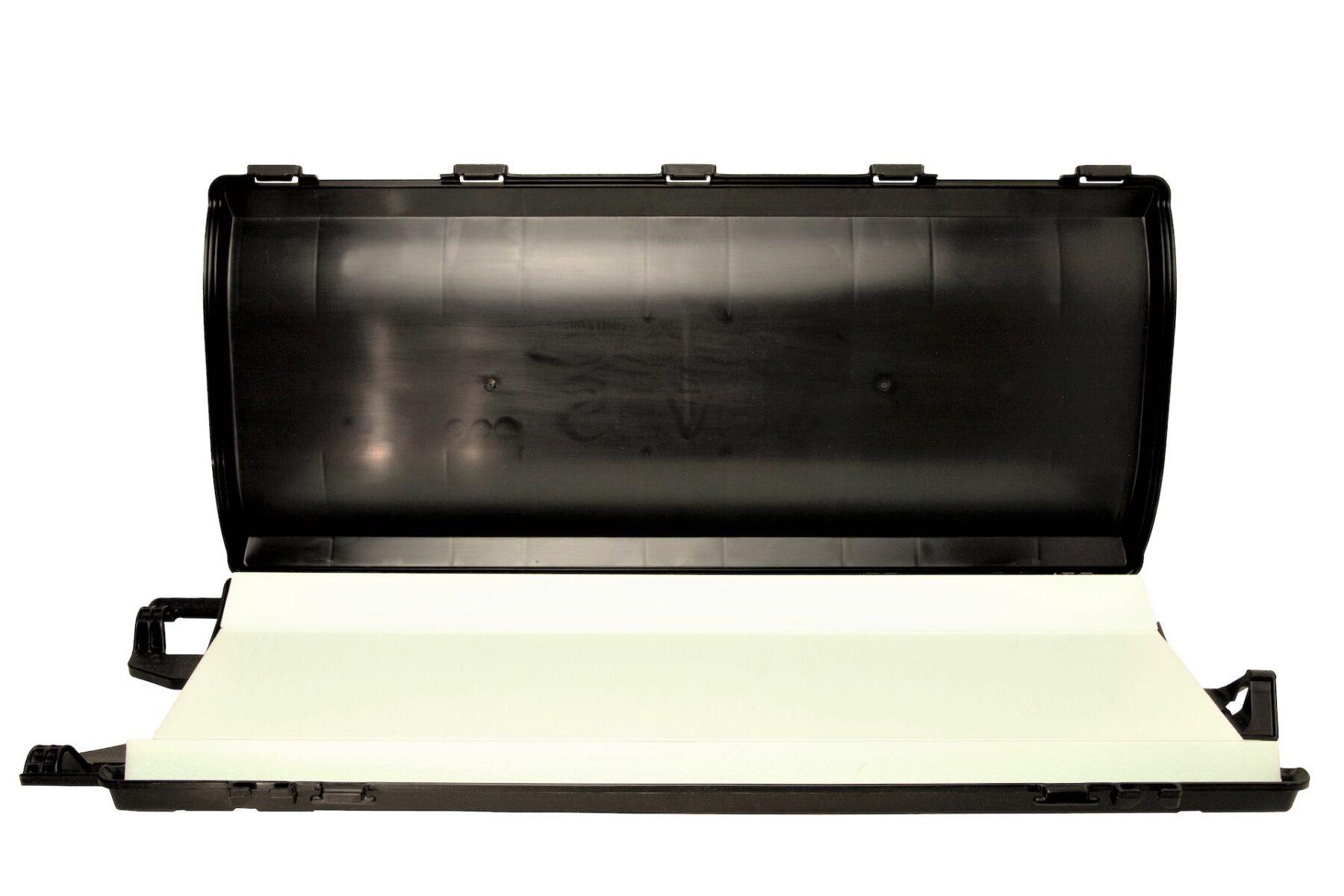 float-case-opened